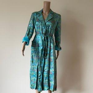 ⭐️HOST PICK! VINTAGE | Peony Brand brocade robe